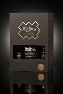 Whisky Ecosse Islay Single Malt Ardbeg Ten Coffret Decouverte 46% 70cl + 2x5cl